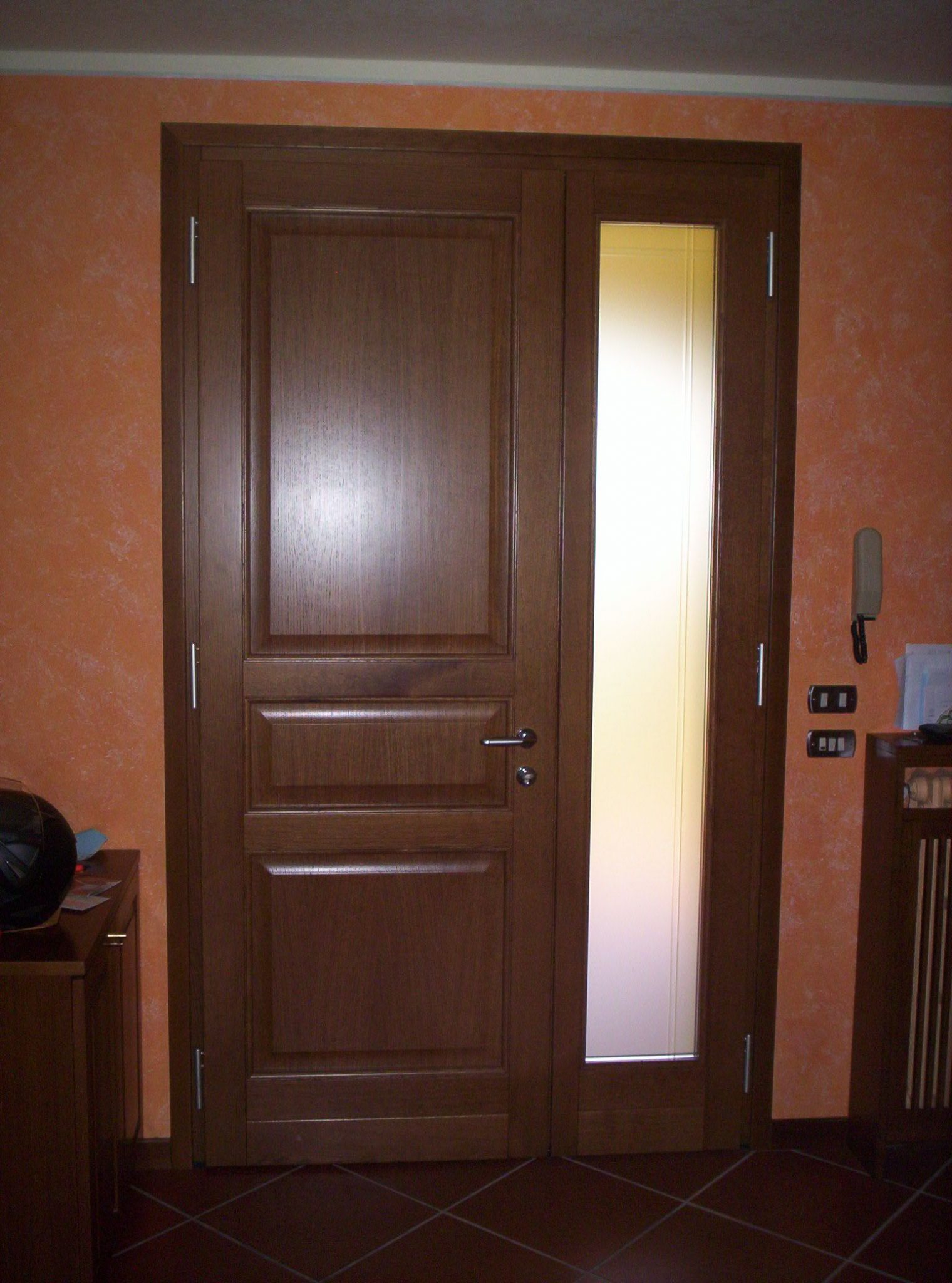 Porte ingresso legno dg81 regardsdefemmes for Porte d ingresso