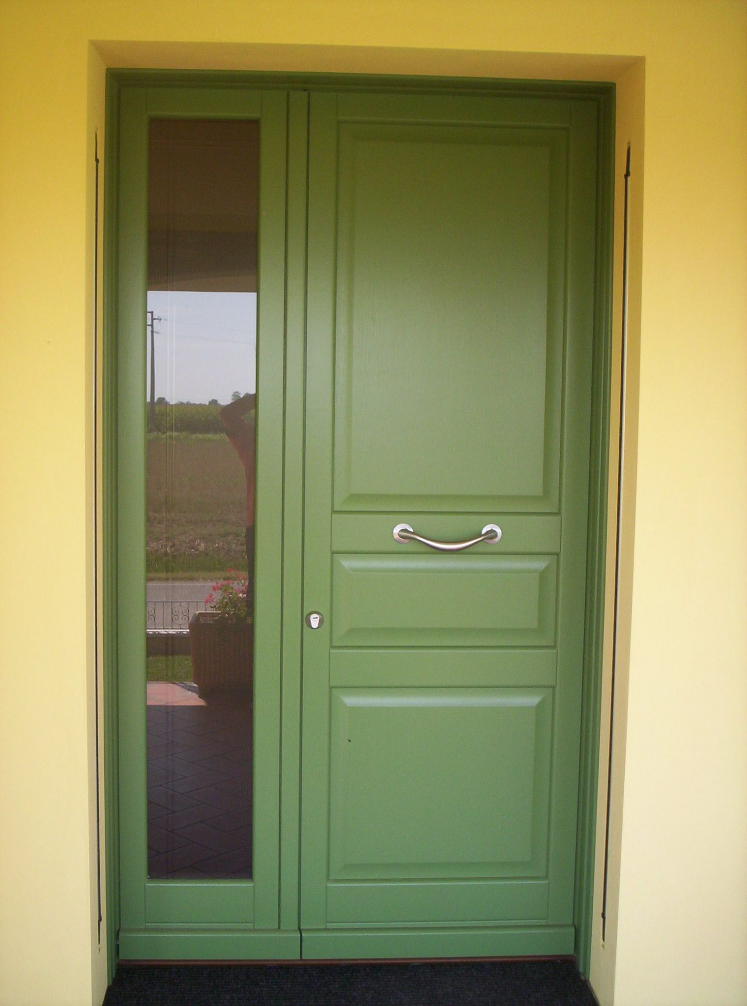 Porte d 39 ingresso in legno falegnameria pirondini for Porte d ingresso